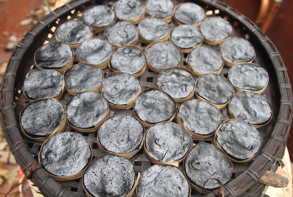Tùy từng loại bánh, thời gian làm chín khác nhau, thông thường từ 1,5 đến 2 tiếng.