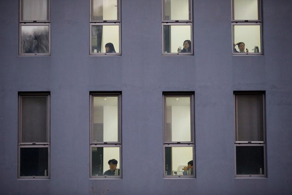 """Kể từ năm 2013, khách sạn Prison Inside Me đã tiếp đón hơn 2.000 """"tù nhân"""". Nhiều người trong số họ là những nhân viên văn phòng, sinh viên tìm kiếm sự giải thoát khỏi công việc, học hành đầy căng thẳng tại Hàn Quốc."""