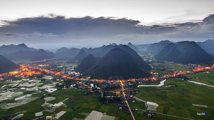 Lạng Sơn: Vùng núi phía Bắc Việt Nam là những nơi được đông đảo du khách miền Nam lựa chọn vào dịp cuối năm do có không khí đặc trưng mùa đông, khung cảnh thiên nhiên hùng vĩ. Ảnh: Hachi8.