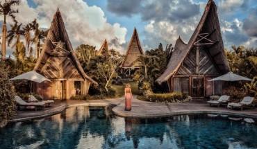resort-song-ao-khong-goc-chet-o-bali-cho-nguoi-muon-tron-ca-the-gioi-ivivu-ivivu-1