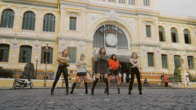Công trình là một phần ký ức của người dân ở Sài Gòn. Nhiều bạn trẻ, sinh viên còn chọn nơi này để chụp ảnh kỷ yếu hoặc tổ chức các hoạt động.