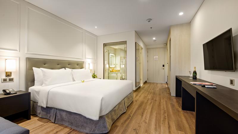 Ảnh: Khách sạn Golden Bay Đà Nẵng