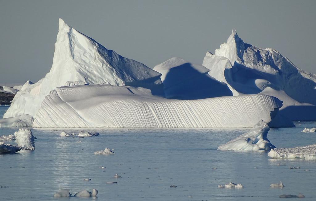 Kênh Lermaire hùng vĩ giữa Nam Cực. Ảnh: Ngày 7: Về đảo King George và TP Punta Arenas