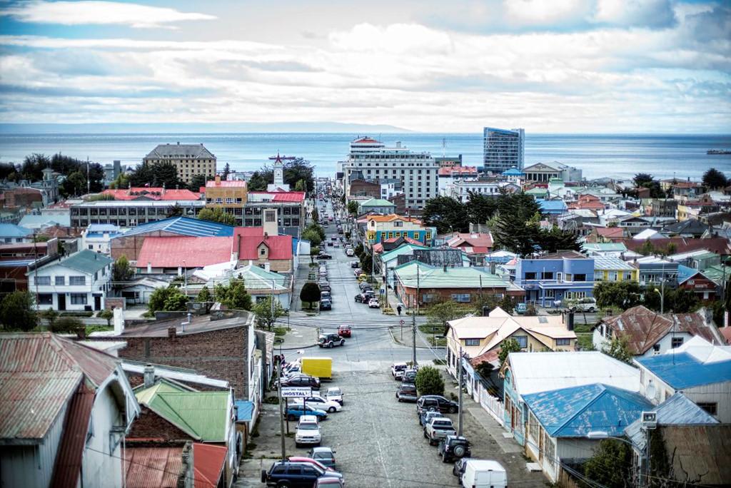 Thành phố Punta Arenas ở phía nam Chile. Ảnh:Cmichel67.
