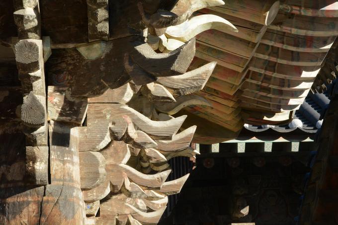 So với nhiều ngôi chùa ở Hàn Quốc, Tongdosa vẫn giữ được dáng vẻ uy nghiêm, cổ kính dù nhiều phần của công trình được phục dựng từ thế kỷ 17, do trải qua chiến tranh, loạn lạc. Tháng 6/2018, Tongdosa cùng 6 ngôi chùa trên núi khác của Hàn Quốc được UNESCO công nhận là di sản thế giới.