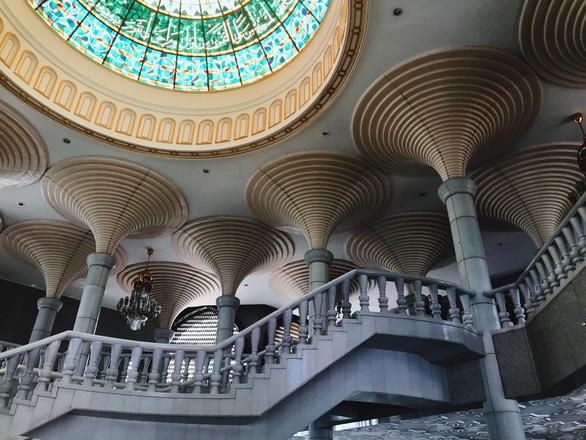 Nhà thờ Jame' Asr Hassanil Bolkiah - Ảnh: NGÔ HOÀNG ANH