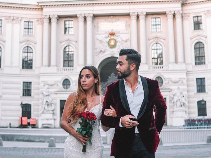 Cô gái mặc một chiếc váy cưới cùng chồng du lịch qua 33 quốc gia – iVIVU.com