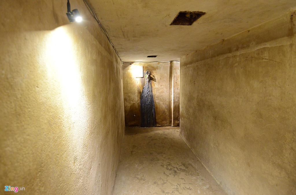 Căn hầm là một trong những di sản đáng quý, minh chứng lịch sử về cuộc chiến tranh tàn khốc năm xưa.