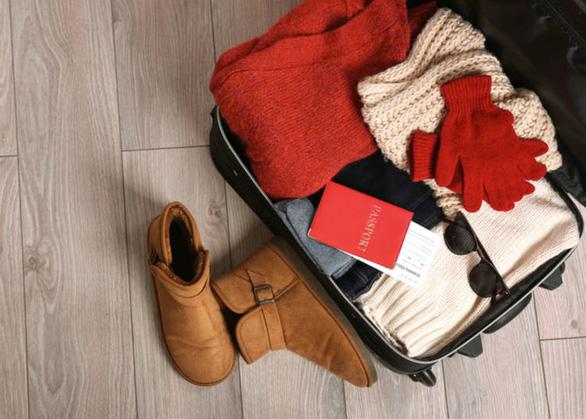 Giày và bốt êm chân là vật dụng không thể thiếu - Ảnh: Live Japan