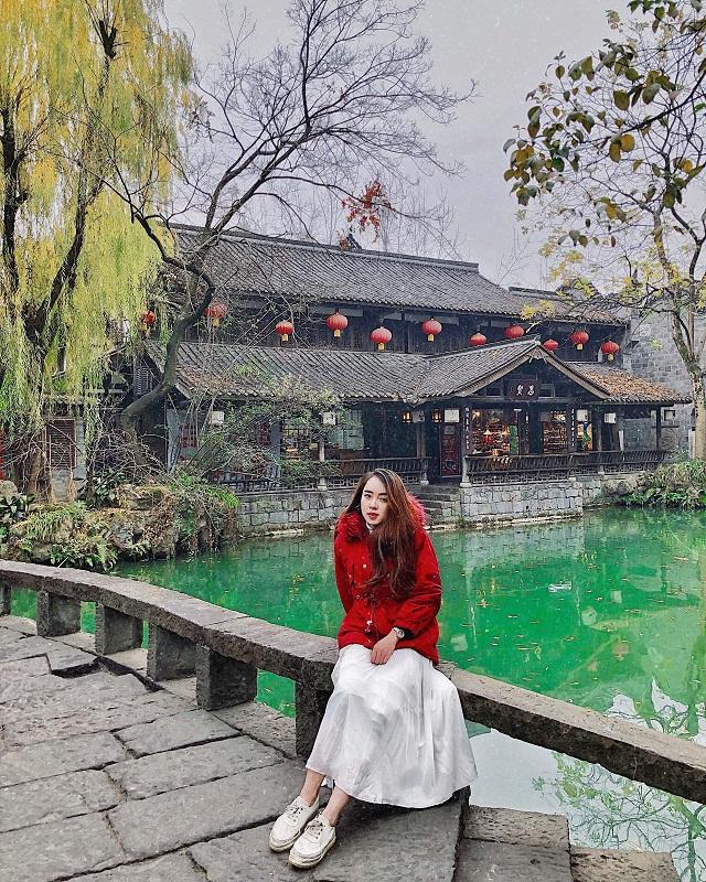 Mặc dù không có nhiều thời gian khám phá hết những địa điểm tuyệt đẹp ở Trung Quốc, chuyến đi đã để lại rất nhiều kỷ niệm đáng nhớ về vùng đất mơ ước này. Chắc chắn, mình sẽ trở lại một lần nữa để tiếp tục hành trình đến những nơi bản thân chưa có dịp được đặt chân tới.
