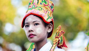uat-gia-bao-hieu-nghi-le-quan-trong-nhat-doi-nguoi-o-myanmar-ivivu-4