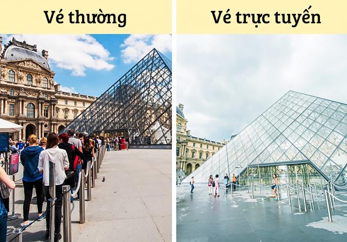 Không mua vé trực tuyến  Dòng người xếp hàng chờ mua vé tại những điểm du lịch nổi tiếng đôi khi có thể rất đông như bảo tàng Louvre, tháp Eiffel hay tượng Nữ thần Tự Do. Tuy nhiên, nhiều nơi có lối vào riêng dành cho những du khách đã mua vé trực tuyến trước đó. Điều này sẽ giúp bạn tiết kiệm nhiều thời gian. Ảnh: Liptoncnx & Jovannig.