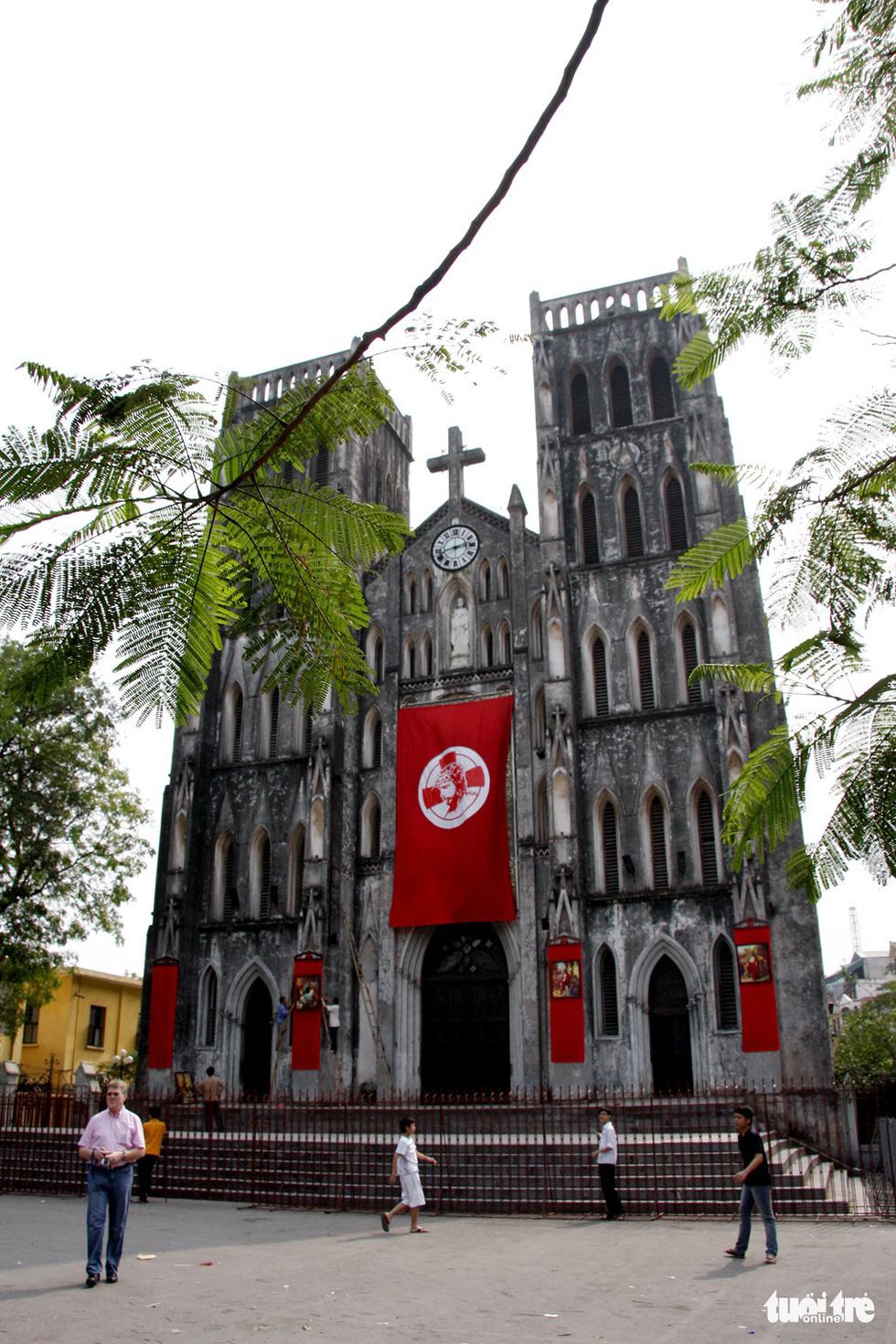 Nhà thờ Lớn Hà Nội - Ảnh: GIA TIẾN