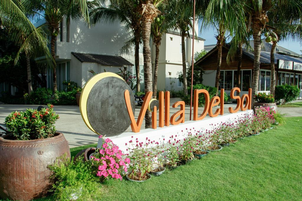 Villa-Del-Sol-Beach-Resort-Spa-Phan-Thiet-ivivu-1