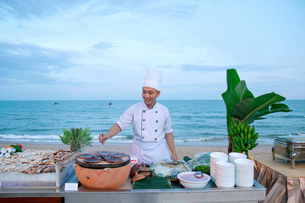 Villa-Del-Sol-Beach-Resort-Spa-Phan-Thiet-ivivu-12