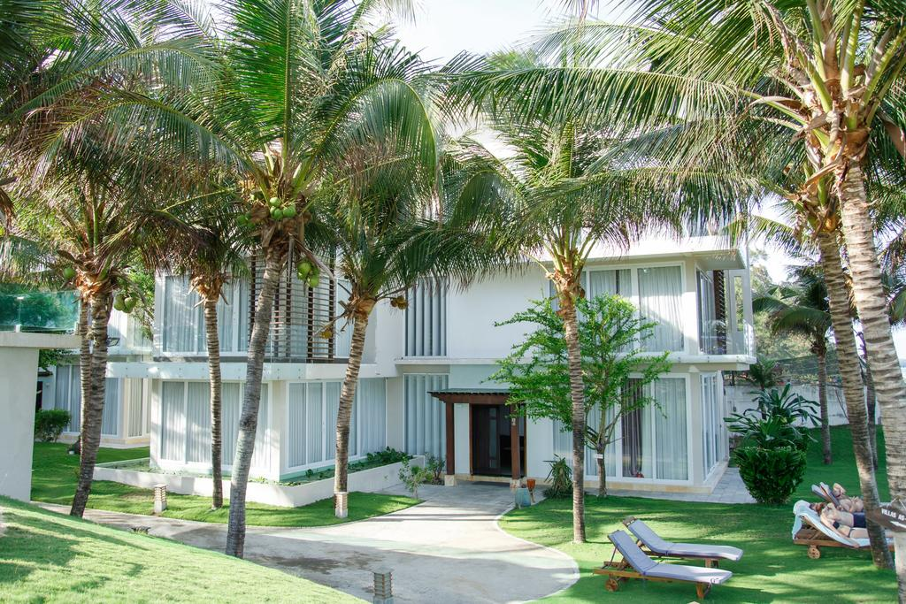 Villa-Del-Sol-Beach-Resort-Spa-Phan-Thiet-ivivu-3