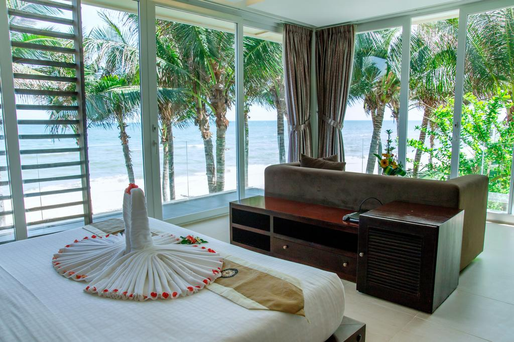 Villa-Del-Sol-Beach-Resort-Spa-Phan-Thiet-ivivu-5