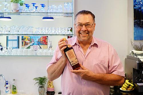 Ông Ehresmann Ralf, người sáng tạo ra món kem vị nước mắm. Ảnh: Di Vỹ.
