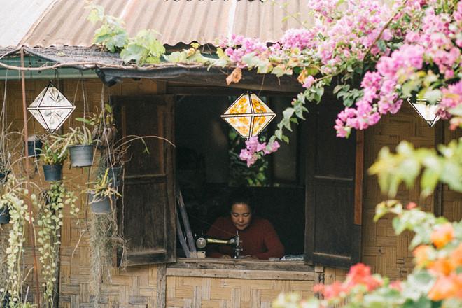 thong-dong-dung-chan-o-nuoc-lao-hien-hoa-am-ap-ivivu-26