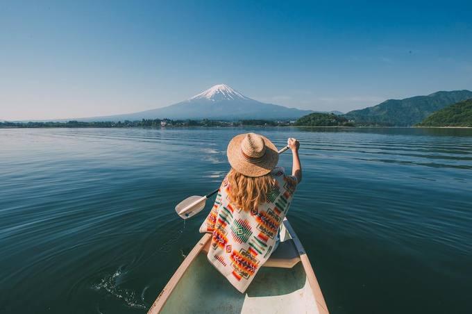 Muốn đi đâu tùy thích  Du lịch giá rẻ là sự lựa chọn hợp lý khi hầu bao hạn hẹp, khiến bạn phải cân nhắc điểm đến. Tuy nhiên, khi đã 30 tuổi và có cuộc sống ổn định thì tiền bạc không còn là vấn đề cản trở bạn chọn một nơi thật đẹp, thật xa mà mình mơ ước bấy lâu nữa.