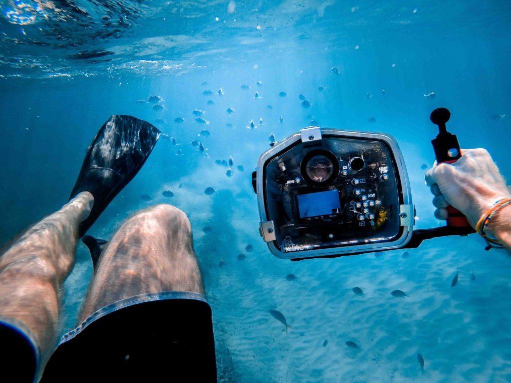 Trải nghiệm lặn biển thú vị: Với những người đam mê khám phá san hô nguyên sơ và thiên đường nhiệt đới dưới nước, Fiji sẽ là điểm đến lý tưởng vào mùa hè này. Đây là nơi sở hữu bộ sưu tập sinh vật biển nhiệt đới đa dạng và sống động. Ảnh: Flying The Nest.