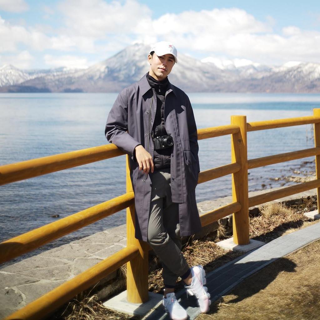 Nơi Nine Naphat ghé đến là hòn đảo Hokkaido, được mệnh danh là vùng đất của băng tuyết. Nơi đây có nhiều điểm tham quan thú vị, là lựa chọn của nhiều du khách yêu thích khám phá, hòa mình vào thiên nhiên rộng lớn.