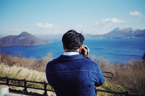 Bạn cũng có thể ngắm nhìn hồ Toya rộng lớn và các điểm tham quan khác từ Đài quan sát Sairo. Bức ảnh check-in của Nine Naphat ở nơi đây thu hút hơn 70.000 lượt thích trên Instagram.