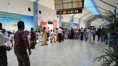 Hành khách bay đi từ Colombo cần có mặt tại sân bay sớm để hoàn thành các thủ tục an ninh và sẵn sàng khi có thay đổi. Ảnh: Skytrax.