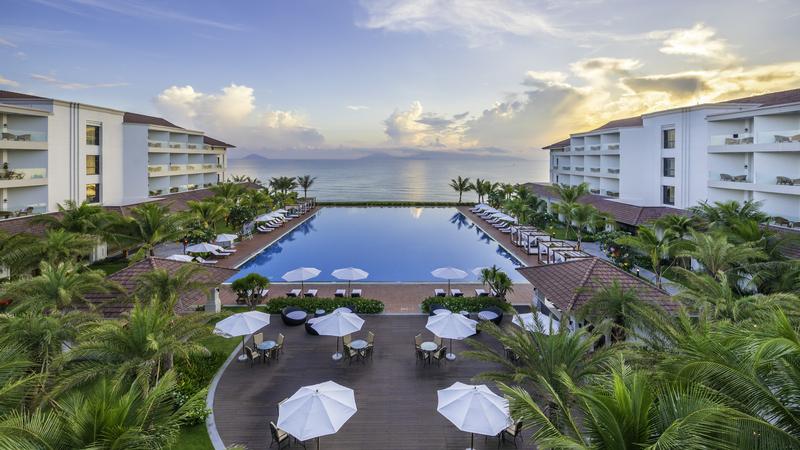 2n1d-o-vinpear-resort-spa-hoi-an-an-sang-chi-4099000dong-khách-ivivu-1