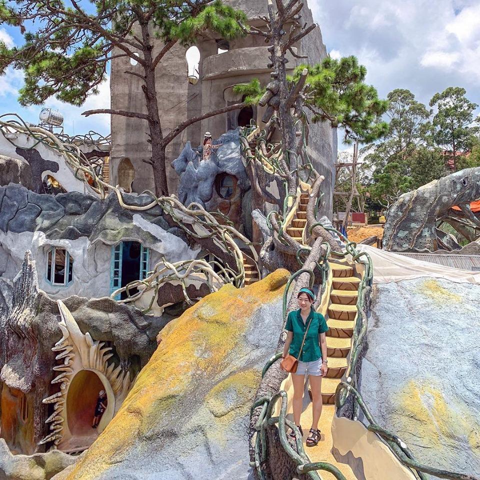 Biệt thự Hằng Nga (Crazy house) - Update giá vé tại 25 điểm du lịch Đà Lạt hot nhất 2019