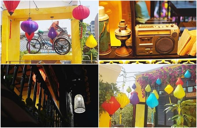 Giữa lòng Seoul mà có ban công gỗ lầu hai nhìn xuống đường, đèn lồng vải đủ màu, xích lô hay chiếc đèn dầu, phích nước cũ kỹ trưng bày trên kệ, khiến bạn như đang bước chân vào một tiệm ăn bên bờ sông Hoài ở xứ Quảng.
