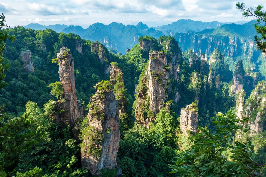 Công viên Trương Gia Giới cũng là nơi tạo cảm hứng cho khung cảnh thần tiên trong bộ phim Avatar.