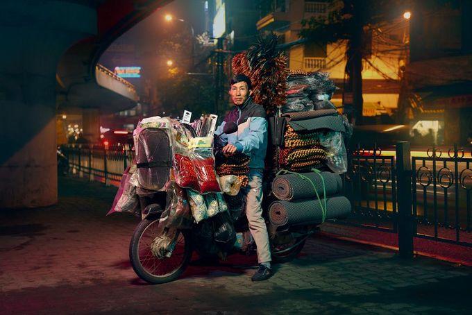 Xe máy nói chung hay xe tay ga phù hợp với những con ngõ nhỏ hẹp và ngã tư, giúp người dân có thể tránh những con đường chính tắc nghẽn.