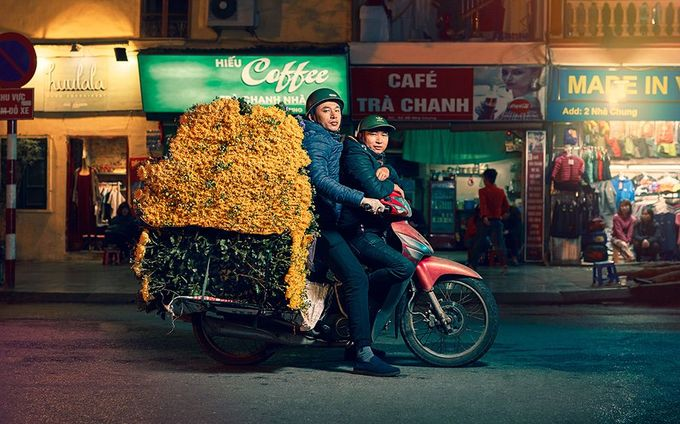 Trước đó, Hà Nội từng đề xuất cấm xe máy lưu hành trong thành phố vào năm 2030 để giảm thiểu tắc đường và ùn tắc giao thông. Tuy nhiên, người dân tin rằng phương án này chỉ có thể thực hiện được nếu có những loại phương tiện thay thế phù hợp.