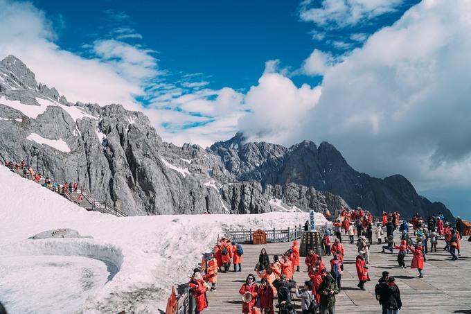Trải nghiệm khiến nữ MC nhớ mãi trong chuyến đi là cô đã chinh phục đỉnh núi Ngọc Long Tuyết Sơn ở độ cao hơn 4.500 mét mà không bị sốc độ cao.