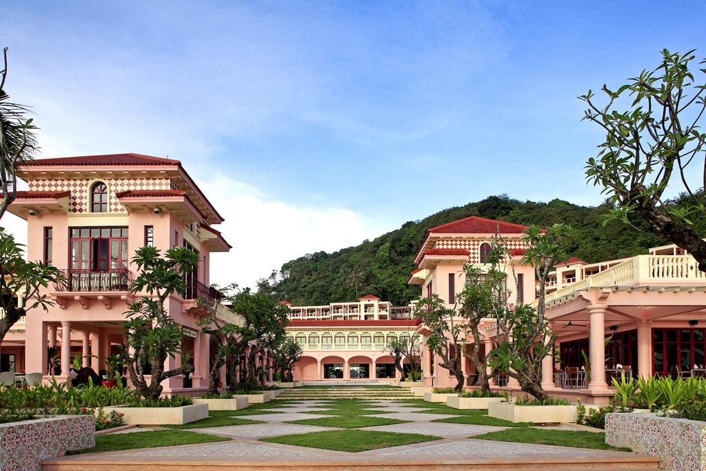 Centara-Grand-Beach-Resort-Phuket-ivivu-8