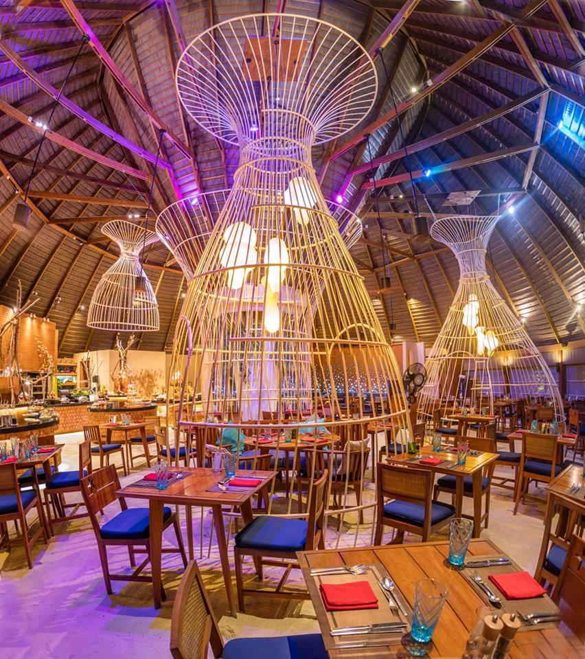 Centara-Ras-Fushi-Resort-Spa-Maldives-ivivu-11
