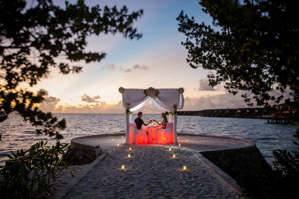 Centara-Ras-Fushi-Resort-Spa-Maldives-ivivu-12