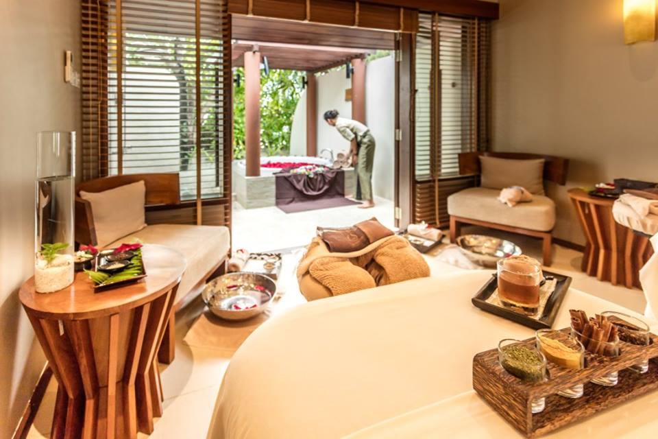 Centara-Ras-Fushi-Resort-Spa-Maldives-ivivu-14