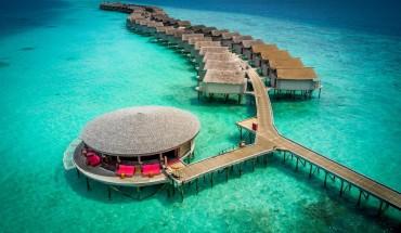 Centara-Ras-Fushi-Resort-Spa-Maldives-ivivu-9