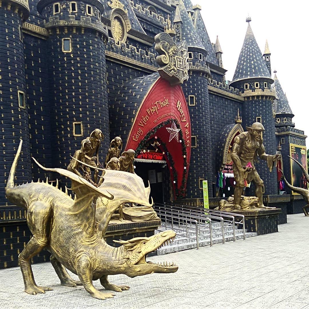 Cuoi-tuan-lap-keo-di-ngay-cong-vien-phep-thuat-Harry-Potter-ngay-Sài-Gòn-ivivu-6