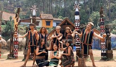Huong-dan-duong-den-lang-Cu-Lan-noi -tieng-da-lạt-ivivu-5