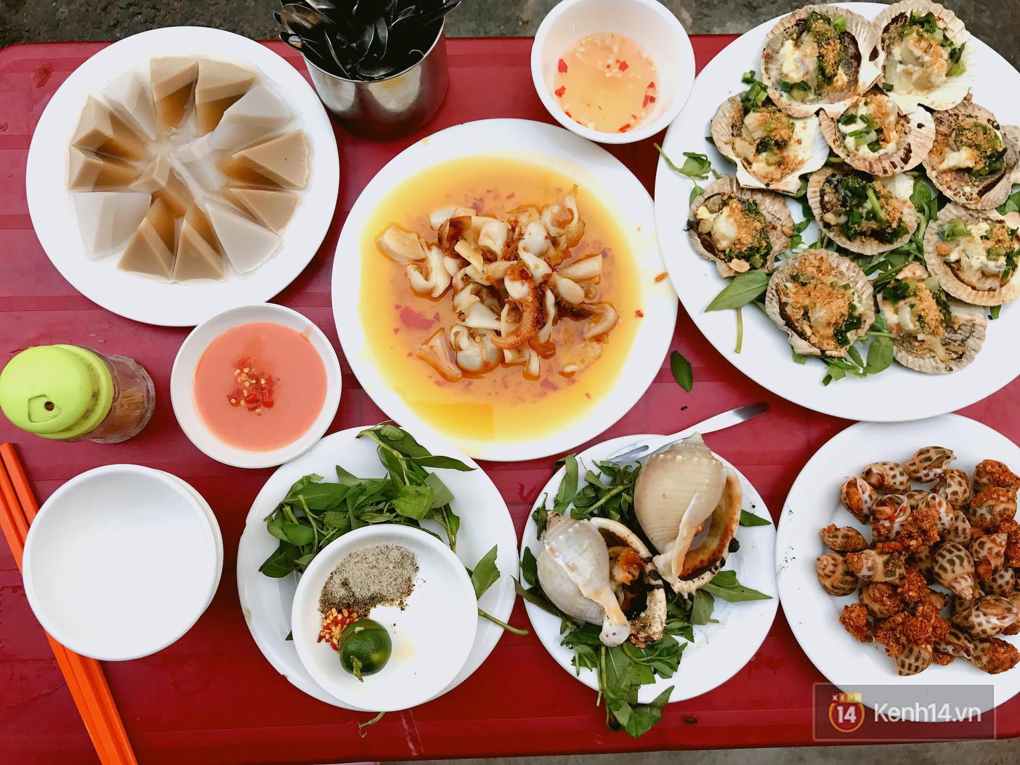 Không sợ bụng đói với hàng loạt địa điểm ăn uống tại Sài Gòn (Ốc Loan)