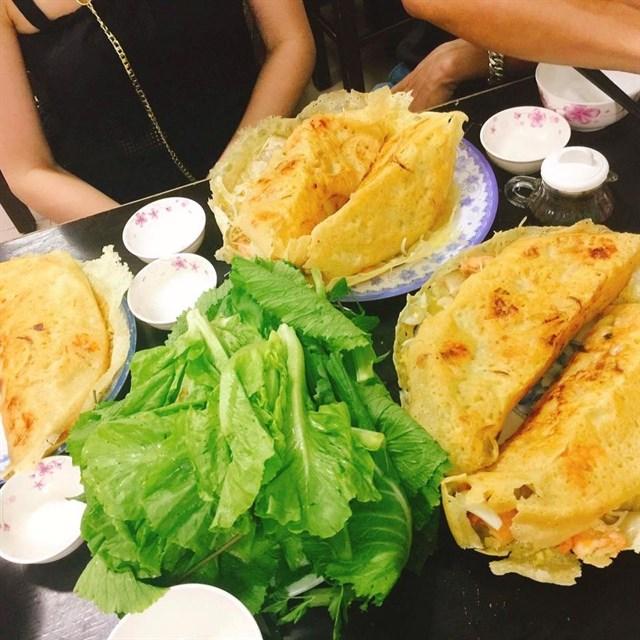 Không sợ bụng đói với hàng loạt địa điểm ăn uống tại Sài Gòn (Bánh xèo)
