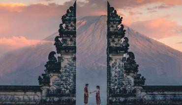 den-Bali-nhat-dinh-phai-check-in-voi-cong-troi-bali-dep-khong-ti-vet-ivivu-1