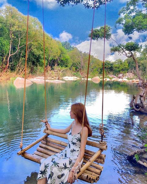 khong-phai-nha-trang-suoi-ba-ho-moi-la-diem-hut-gioi-tre-o-khanh-hoa-ivivu-12