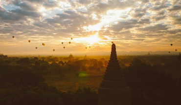 tieng-vo-ngua-len-loi-giua-nhung-khu-den-o-myanmar-ivivu-2