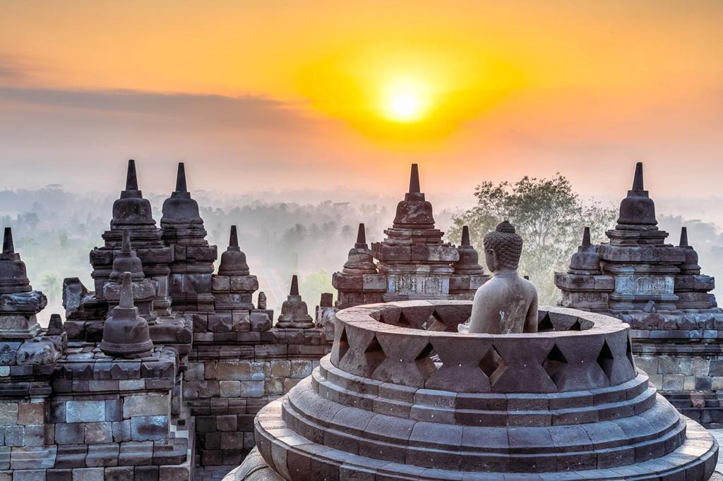 Theo dòng lịch sử, Yogyakarta có ít nhất 8 tên gọi và phát âm khác nhau. Nơi đây được coi là một trong những thành phố cổ nhất của quốc đảo thuộc vùng Đông Nam Á, cũng là trung tâm của nghệ thuật thủ công, âm nhạc, ballet và mua rối ở Java. Ảnh: SweetEscape.