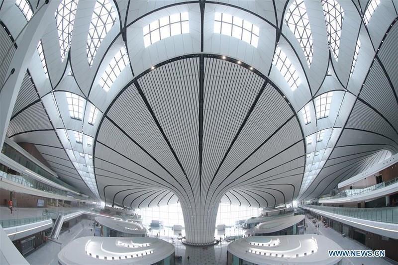 """Truyền thông Trung Quốc đặt biệt danh cho Đại Hưng là """"sao biển"""" vì sân bay mới sẽ có 5 tuyến phòng đợi. Các khu vườn truyền thống của Trung Quốc cũng sẽ được xây dựng sát phòng đợi để tạo không gian check-in, thư giãn cho du khách. Ảnh: CN."""