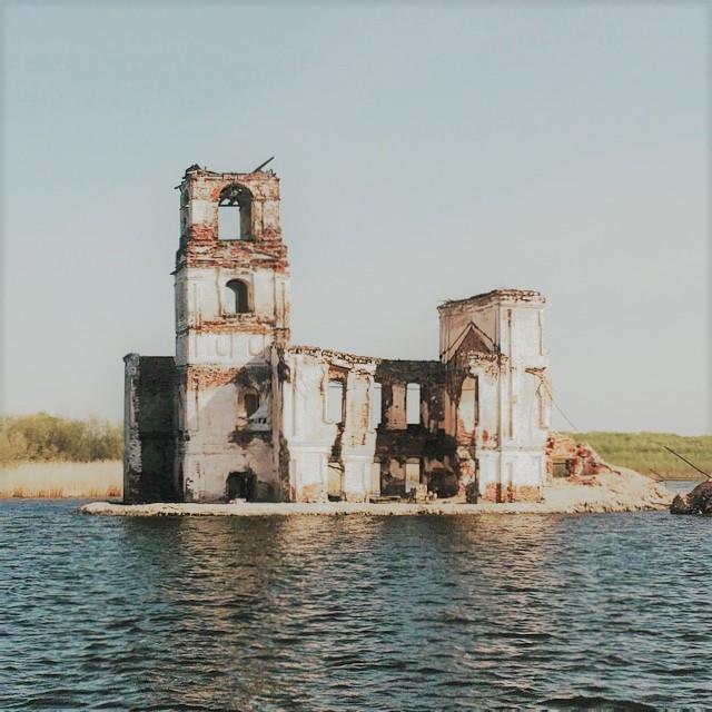 canh-lang-que-nga-dep-nhu-tranh-ve-ben-dong-volga-baltic-ivivu-5
